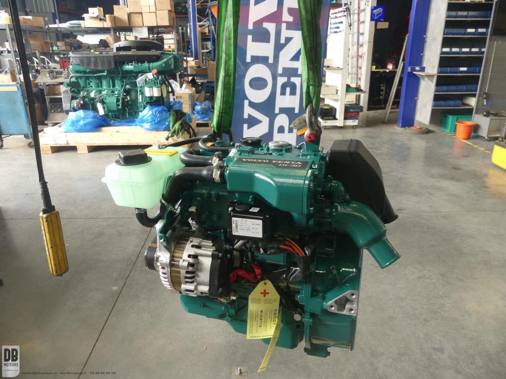 moteur volvo penta D1-30 à l'atelier dbmoteurs