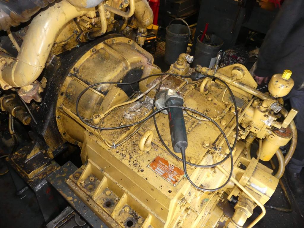 remplacement moteur caterpillar